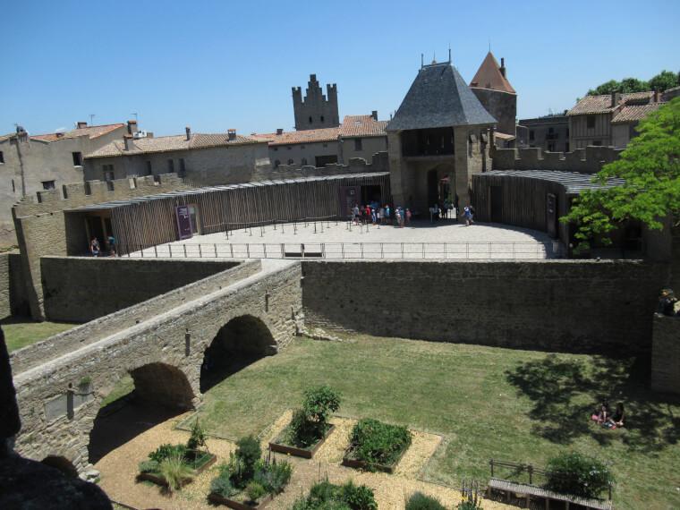 コンタル城を100%楽しむための観光ガイド