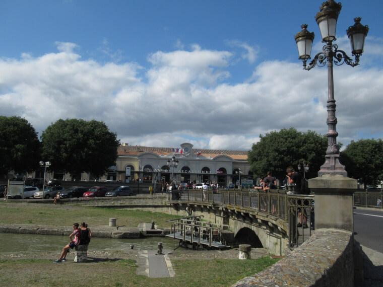 世界遺産カルカッソンヌ城までの歩き方|駅から写真解説