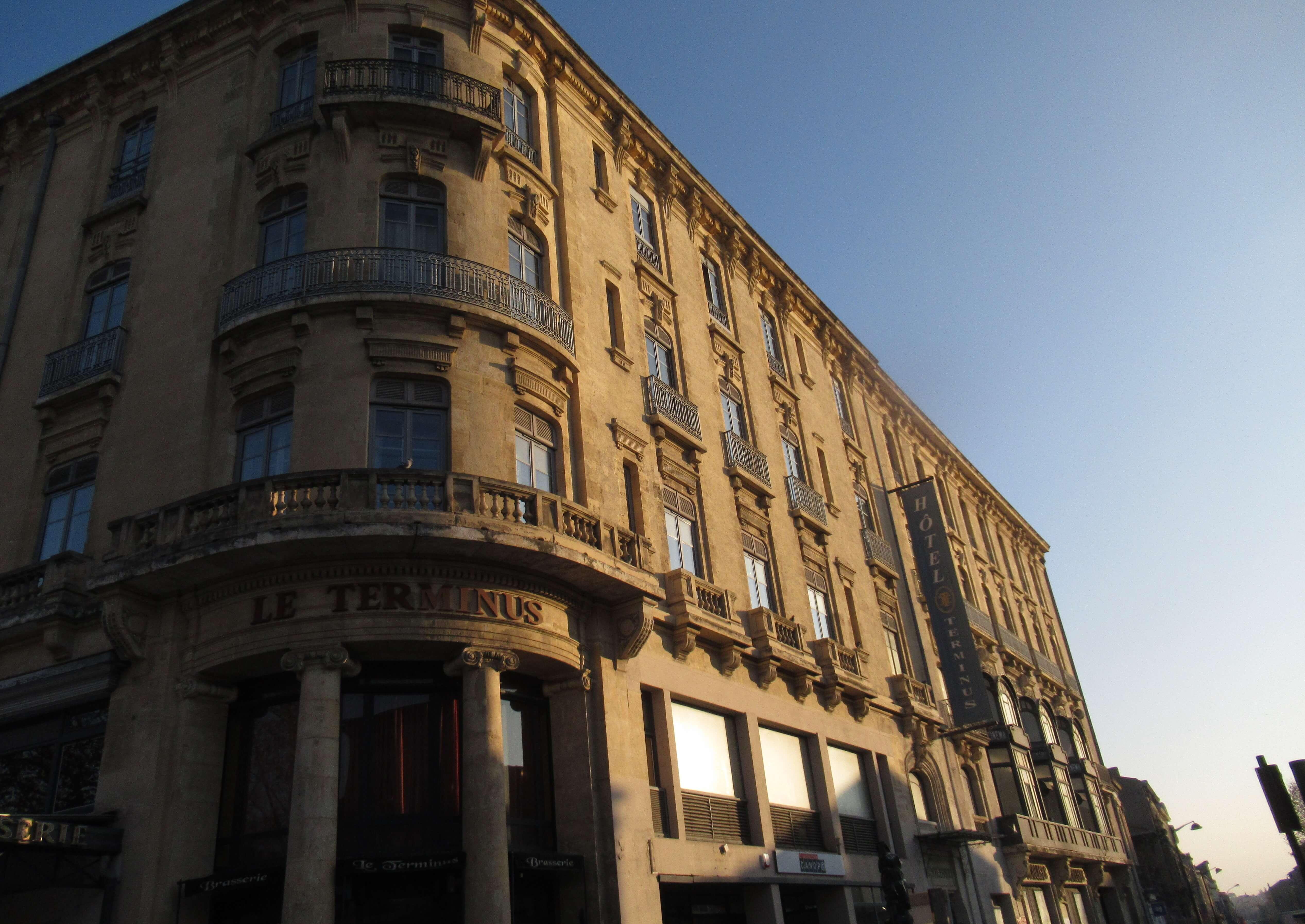 カルカソンヌ駅極近ホテル利点極多|ソレイユ・ル・テルミニュス