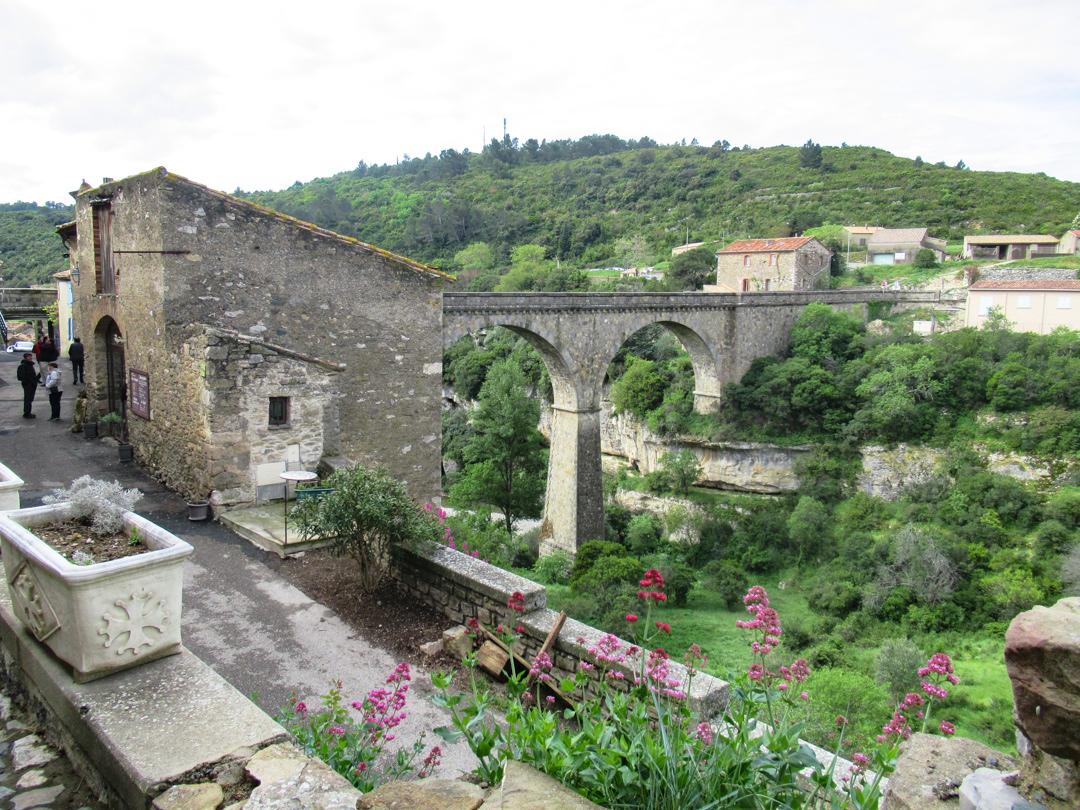 フランスの最も美しい村|カルカソンヌ近郊ミネルブ村