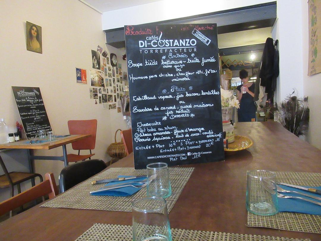 カルカソンヌのレストランより美味しいカフェの秘密